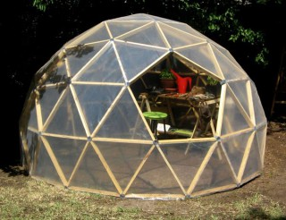 Geodesic-Greenhouse