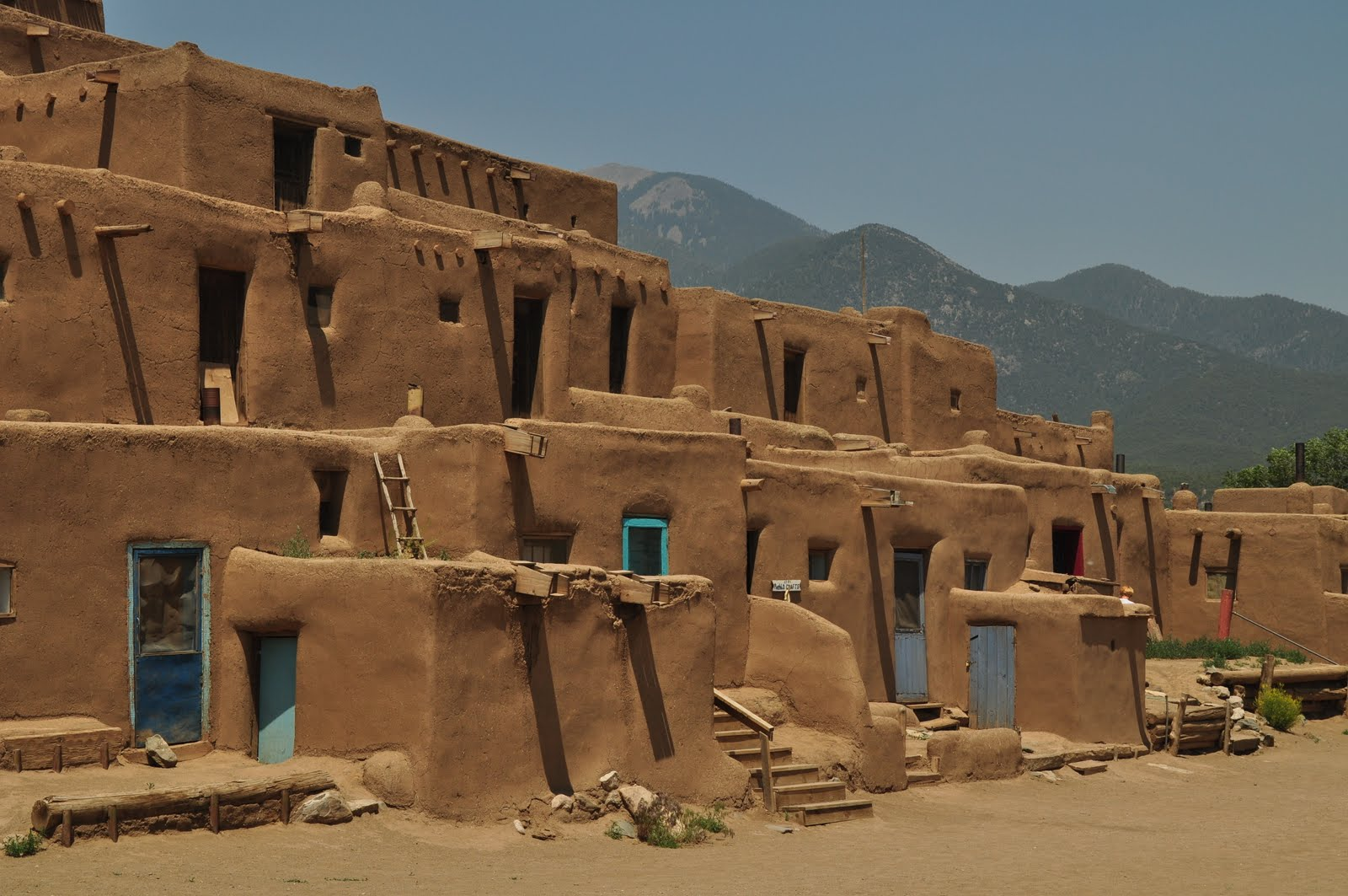 Adobe in dry climate izreal for Adobe house construction