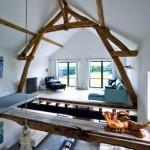 Barn 02 interior
