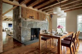 Barn 04 interior