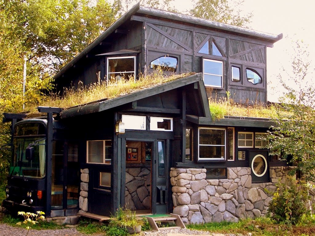 Japanese recycled house