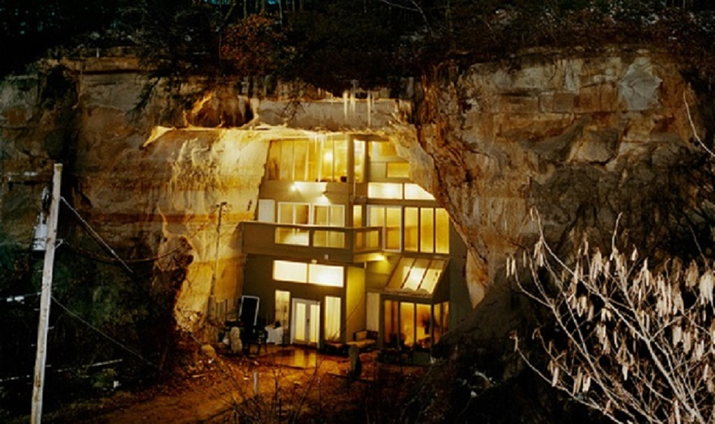Missouri Cave Home 01