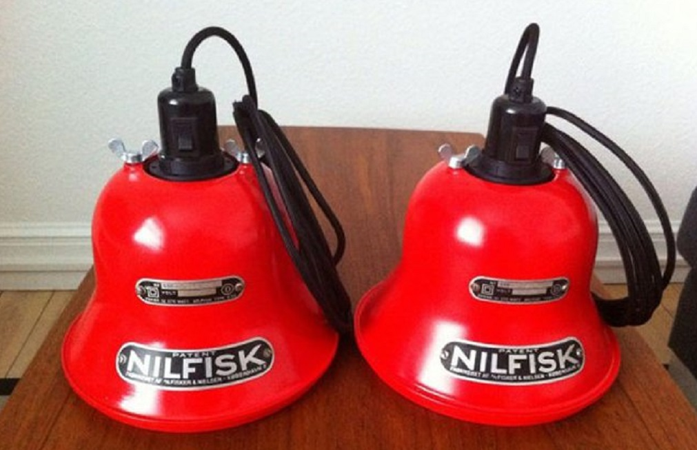 recycled-nilfisk-vacuum-lamps-kristian-linneberg-sorensen-5.jpg.650x0_q85_crop-smart