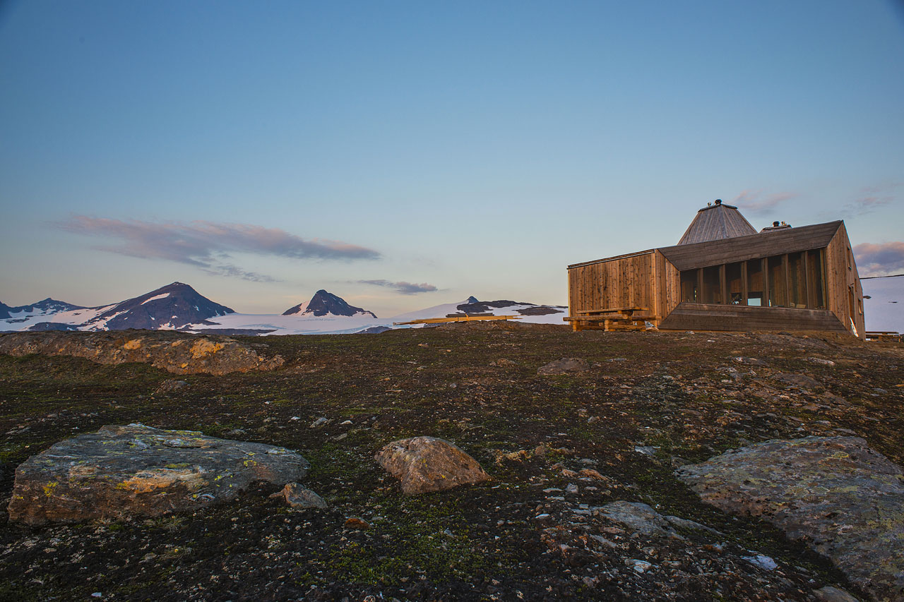 02-rabot-turist-cabin